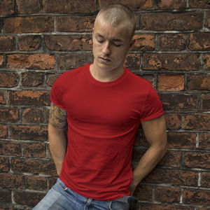 Мужская футболка стрейч красная фото